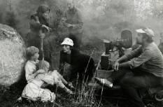 Iti, Kusti ja Moor režissööri, operaatori ja filmigrupi liikmega